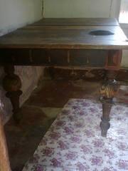 Продам стол раскладной массивный антикварный