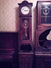 Продам старинные антикварные напольные часы Gustav Becker в отл.сост.
